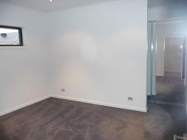 EDA HOMES Hallway (1)