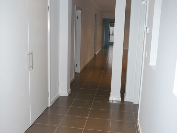 EDA HOMES Hallway (11)
