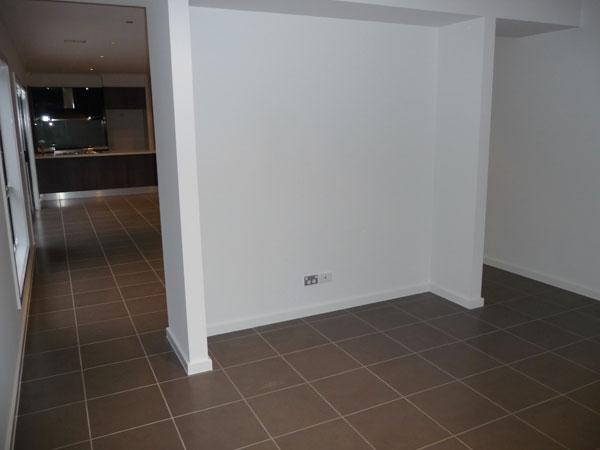 EDA HOMES Hallway (5)